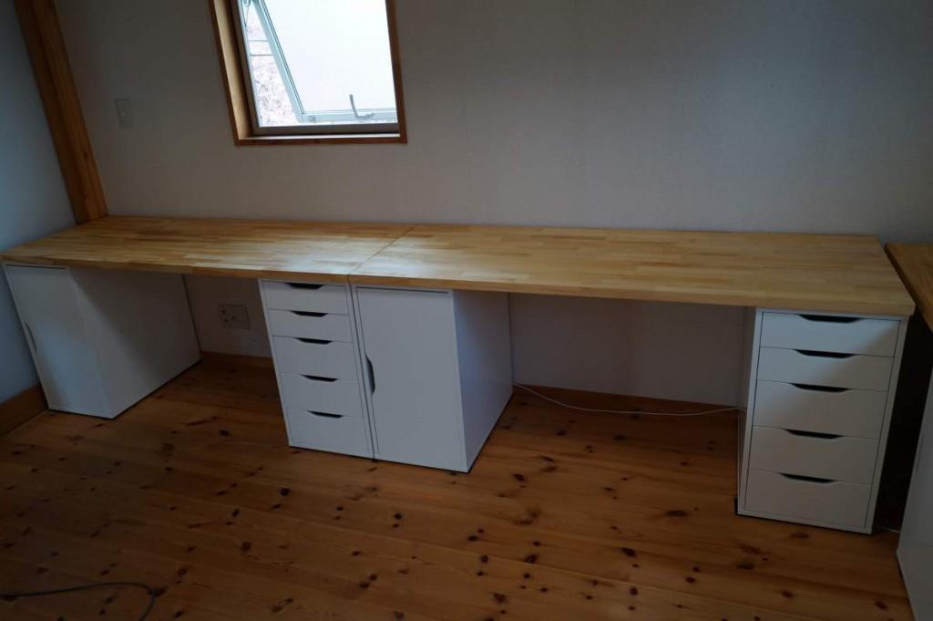 DIYで子供の机3