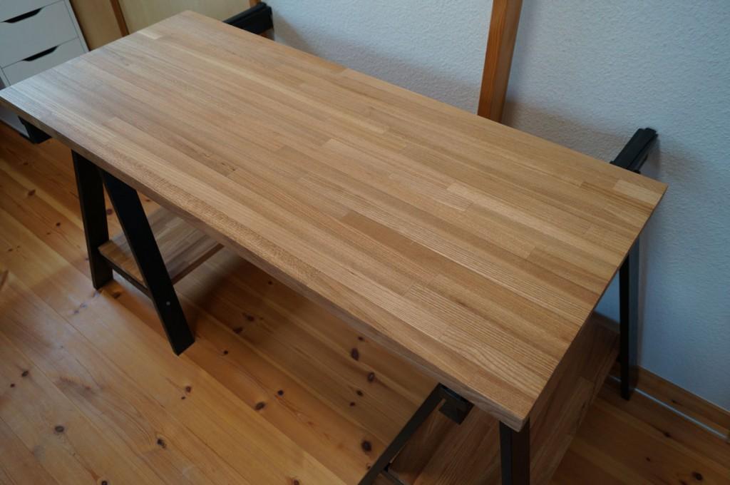 DIYで簡単、のせるだけの机5