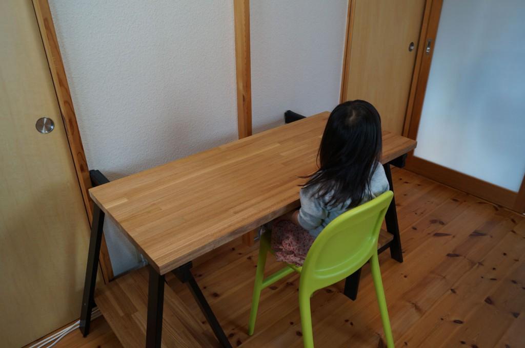 DIYで簡単、のせるだけの机7
