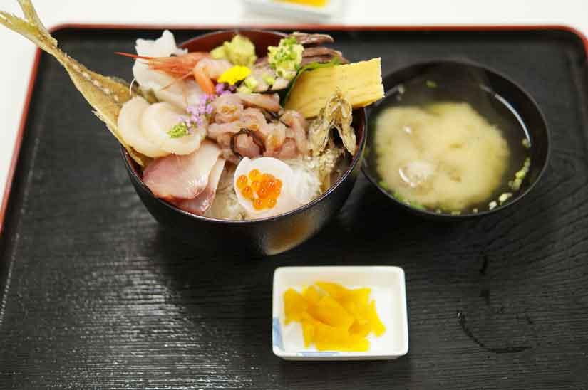 小田原魚市場食堂2