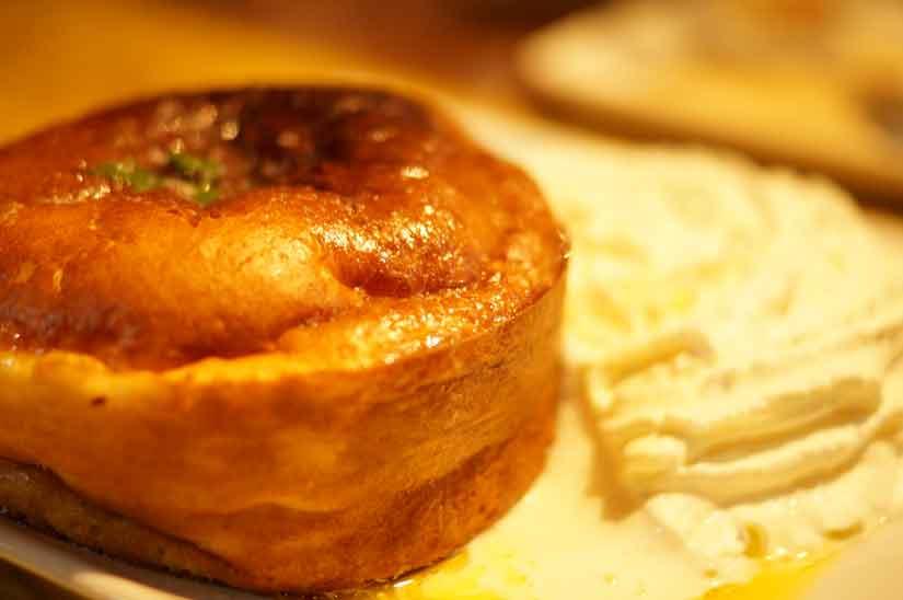 Cafe ASANのスフレホットケーキハニーバター2