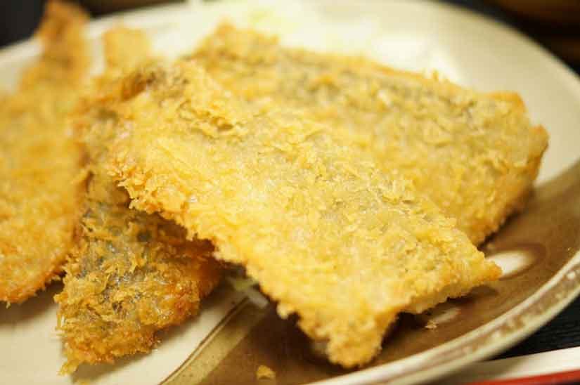 魚市場食堂のアジフライ定食2
