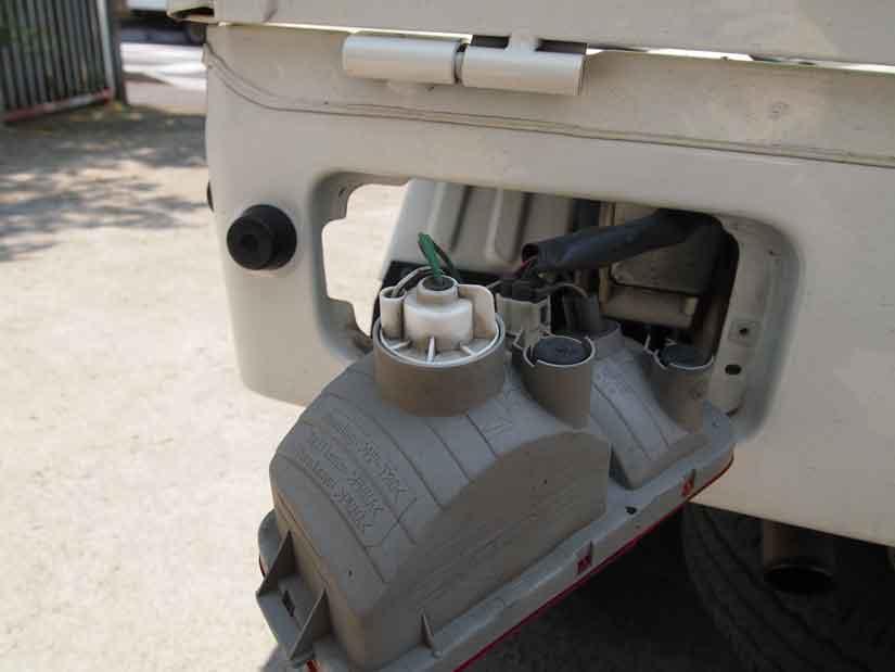 ブレーキランプを交換4