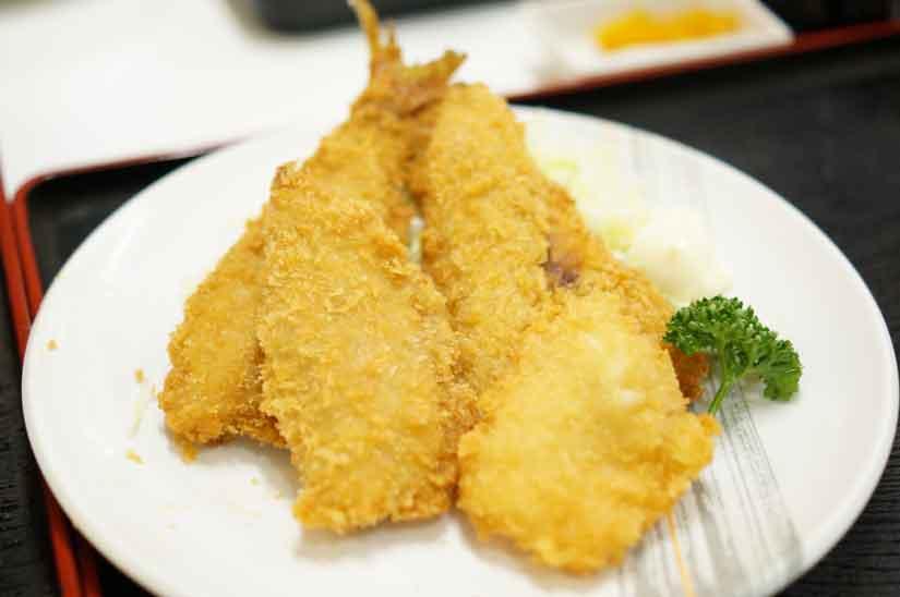 魚市場食堂さんの地魚フライ盛り合わせ2