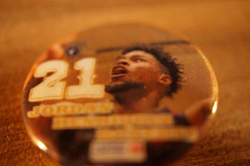 ビコール、#21 Cのジョーダン・ヘンリケス・ロバーツ選手1