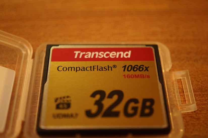 TS32GCF1000