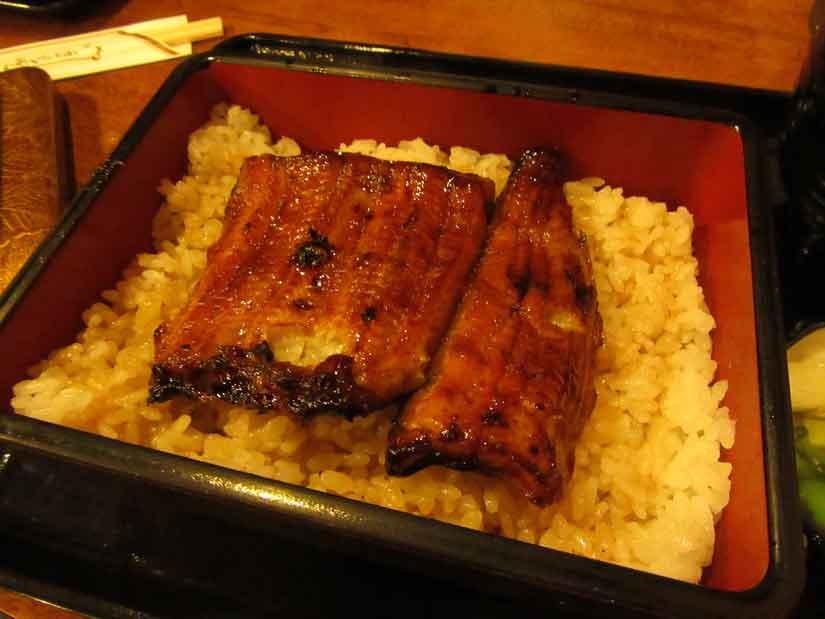 平塚の鰻、川万さん2